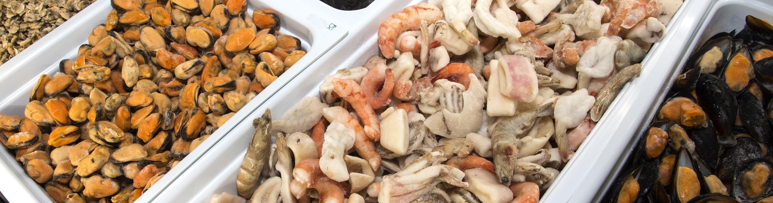 Antipasti e Frutti di mare GiorgioMare - Tutti i profumi ed i sapori del mare li trovi nella nostra ampia scelta di antipasti e frutti di mare: delizie di pescato prelibate per la tua cucina raffinata