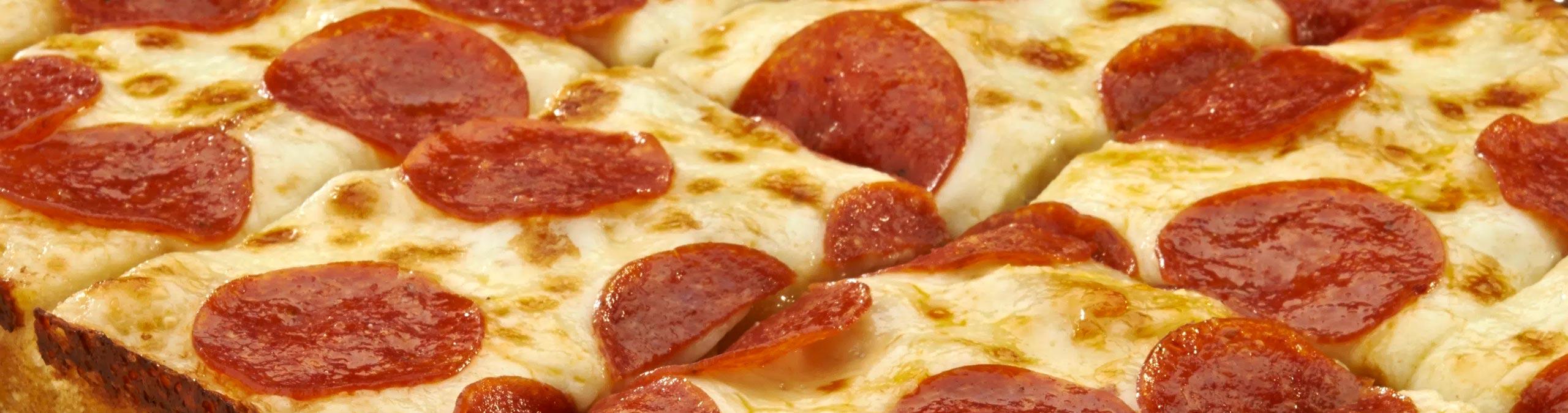 Pizza GiorgioMare - Ad ognuno la sua: scegli tra tanti gusti la tua preferita, ricca di ingredienti, pronta da infornare!