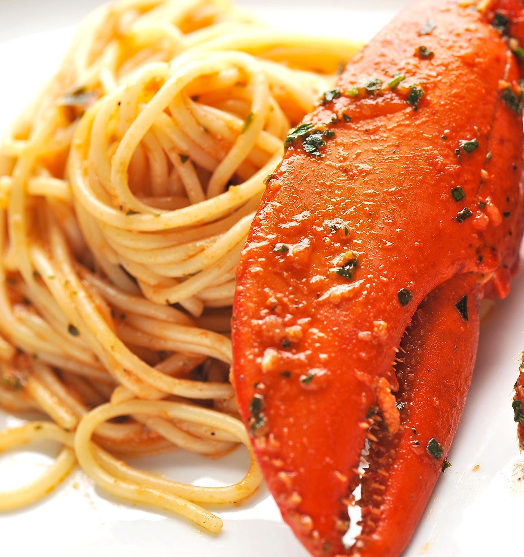 Spaghetti all'astice in bellavista - Ricetta GiorgioMare